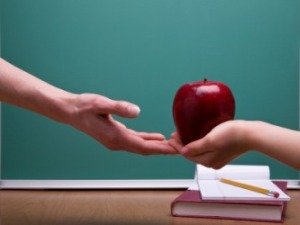 923_teacherapple